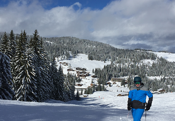 20 ski resorts less than an hour away